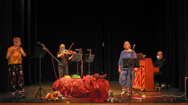 Lunas Zauberflöte – Familienkonzert mit KünstlerInnen der Butzbacher Musikschule